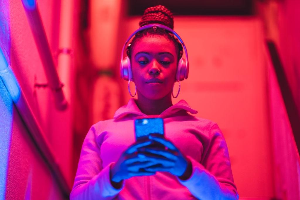 Cara Memperbaiki Headset Bluetooth Mati Sebelah