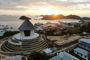 Perkembangan Kota Labuan Bajo Dari Sebuah Desa Di Pingir Laut Menuju Gerbang Wisata Dunia