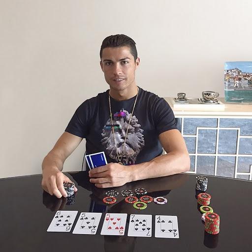 Ronaldo Kalah Rp 606 Juta Dari Nadal Di Meja Poker