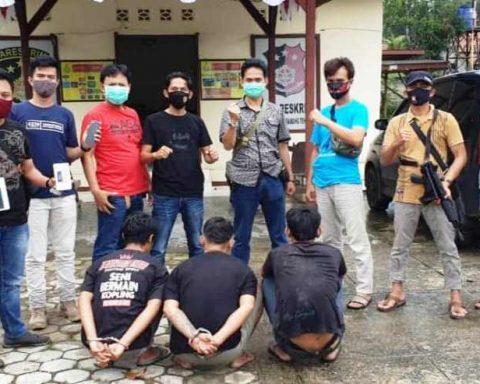 Tiga Orang Diamankan Polisi Karena Tertangkap Basah Melakukan Praktek Judi Online