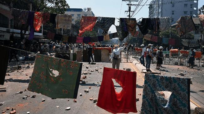 Anggota Badan legislatif Myanmar Kabur Ke India